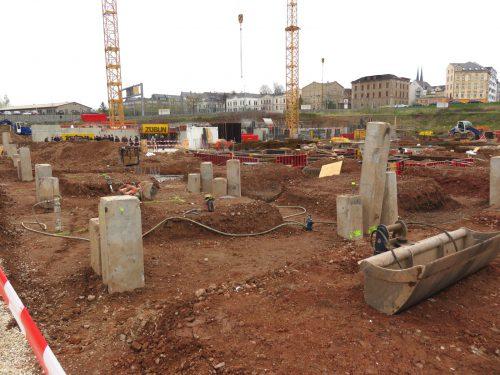 13 - Blick von der Baustelle zum Sonnenberg - 15.04.2016 252